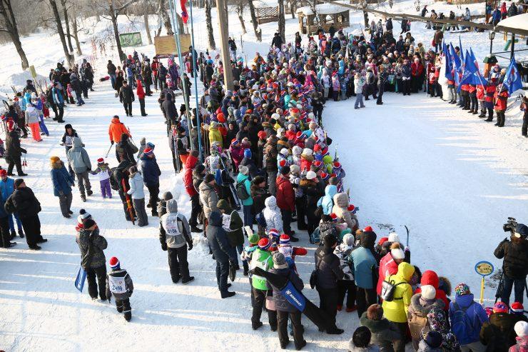 В Новокузнецке состоялись гонки «Лыжня России»