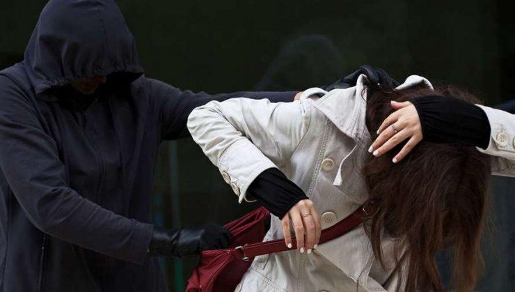 4d41e3a7421 В Новокузнецке возле бара наркоманы напали на женщину • Новокузнецк.ru