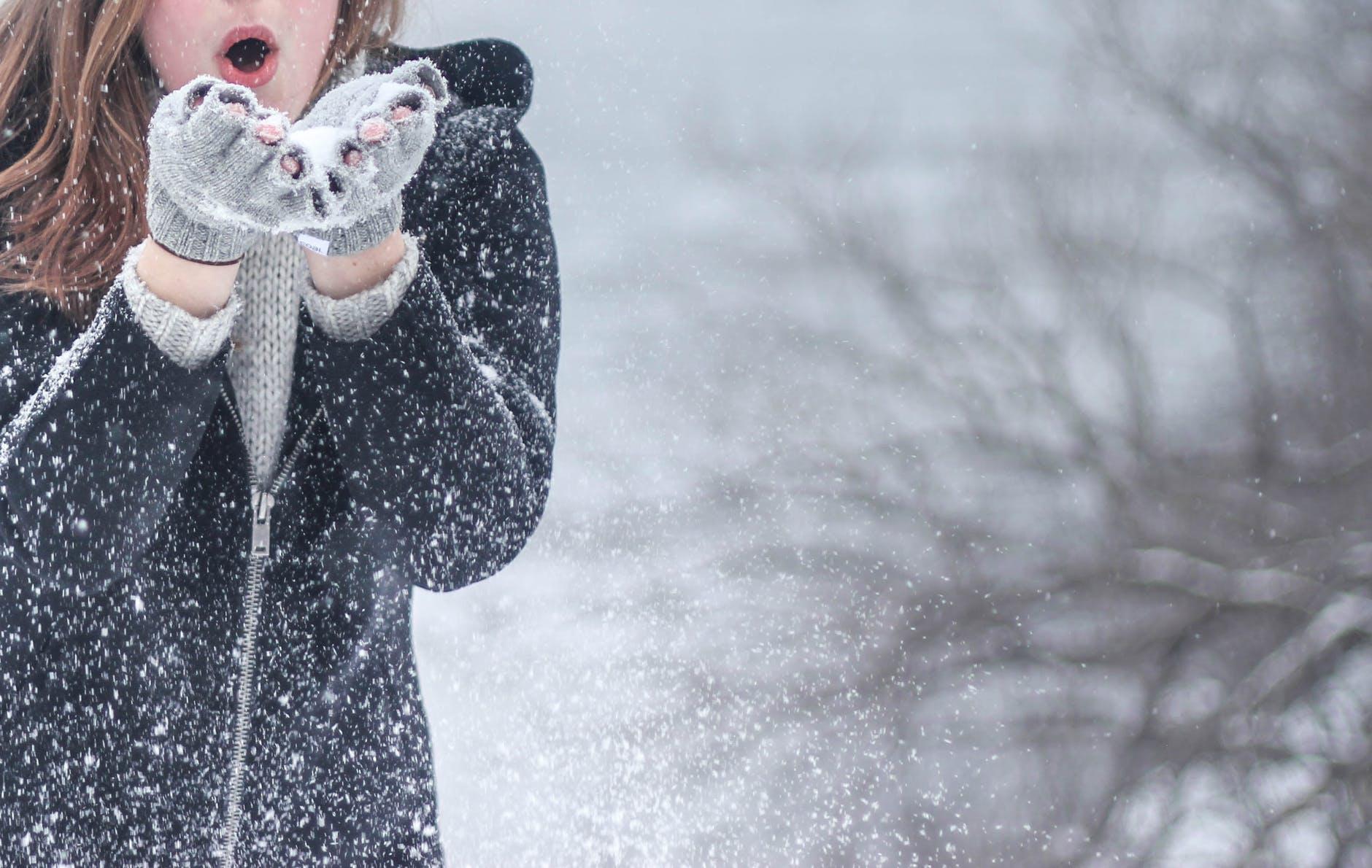 тот падающий снег на фото в инстаграм сделать